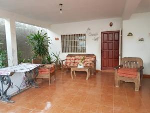 Casa En Ventaen Coro, Sector San Jose, Venezuela, VE RAH: 21-11138