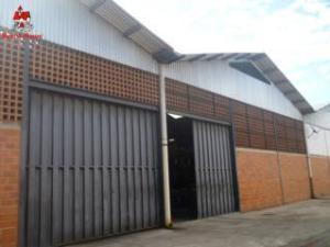 Galpon - Deposito En Ventaen Cagua, Zona Industrial Las Vegas, Venezuela, VE RAH: 21-11145