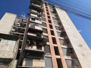 Apartamento En Ventaen Caracas, Parroquia Altagracia, Venezuela, VE RAH: 21-11158