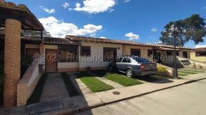 Casa En Ventaen Municipio San Diego, Pueblo De San Diego, Venezuela, VE RAH: 21-11170
