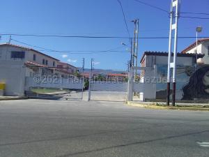 Casa En Ventaen Cabudare, Parroquia José Gregorio, Venezuela, VE RAH: 21-11960