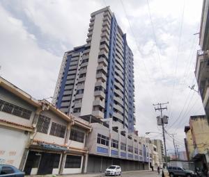 Apartamento En Ventaen Maracay, Zona Centro, Venezuela, VE RAH: 21-11188