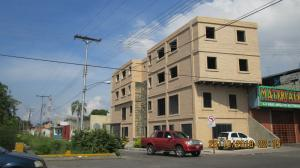 Local Comercial En Ventaen Maracay, Santa Rosa, Venezuela, VE RAH: 21-11216