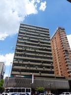 Local Comercial En Alquileren Caracas, Chacao, Venezuela, VE RAH: 21-11900