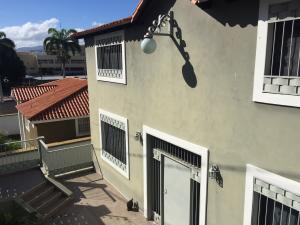 Casa En Ventaen Barquisimeto, Colinas De Santa Rosa, Venezuela, VE RAH: 21-11228