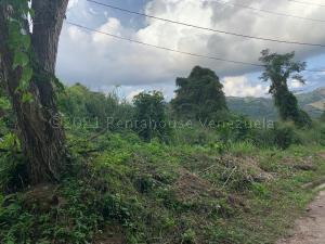 Terreno En Ventaen Caracas, Caicaguana, Venezuela, VE RAH: 21-9032