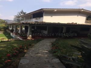 Casa En Ventaen San Antonio De Los Altos, Club De Campo, Venezuela, VE RAH: 21-11232