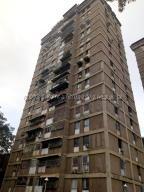 Apartamento En Ventaen Caracas, El Paraiso, Venezuela, VE RAH: 21-11916