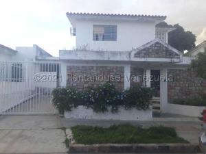 Casa En Ventaen Valencia, Trigal Centro, Venezuela, VE RAH: 21-11287