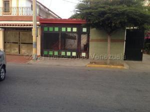 Townhouse En Ventaen Maracaibo, Canaima, Venezuela, VE RAH: 21-11290
