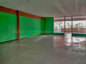 En Ventaen Punto Fijo, Puerta Maraven, Venezuela, VE RAH: 21-11052