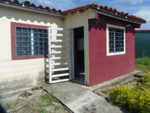 Casa En Ventaen Acarigua, Centro, Venezuela, VE RAH: 21-11330