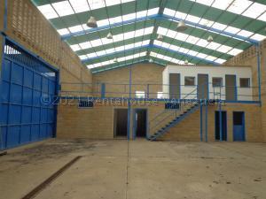 Galpon - Deposito En Ventaen La Victoria, Zona Industrial Soco, Venezuela, VE RAH: 21-11305
