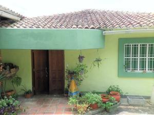 Casa En Ventaen Caracas, Colinas De Caicaguana, Venezuela, VE RAH: 21-11365