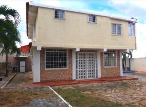 Casa En Ventaen Cabudare, Parroquia Agua Viva, Venezuela, VE RAH: 21-11372