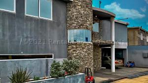 Casa En Ventaen Punto Fijo, Guanadito, Venezuela, VE RAH: 21-10459