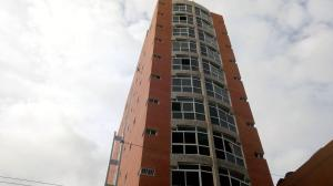 Apartamento En Ventaen Maracay, Zona Centro, Venezuela, VE RAH: 21-11386