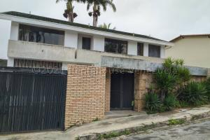 Casa En Ventaen Caracas, Los Samanes, Venezuela, VE RAH: 21-11478