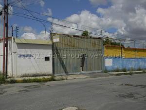 Galpon - Deposito En Alquileren Cabudare, Parroquia Cabudare, Venezuela, VE RAH: 21-10736