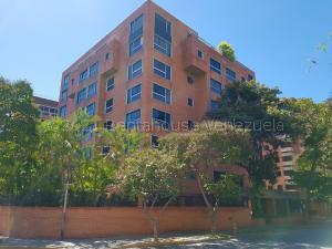 Apartamento En Alquileren Caracas, Campo Alegre, Venezuela, VE RAH: 21-11509