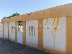 Casa En Ventaen Municipio San Francisco, Sierra Maestra, Venezuela, VE RAH: 21-11489