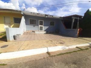 Casa En Ventaen Cabudare, Parroquia José Gregorio, Venezuela, VE RAH: 21-11492