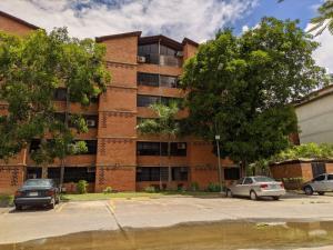 Apartamento En Ventaen Guarenas, Nueva Casarapa, Venezuela, VE RAH: 21-11570
