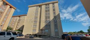 Apartamento En Ventaen Maracaibo, Circunvalacion Dos, Venezuela, VE RAH: 21-11572