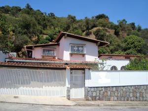 Casa En Alquileren Caracas, Santa Paula, Venezuela, VE RAH: 21-11575