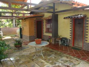 Casa En Ventaen Cabudare, Parroquia Agua Viva, Venezuela, VE RAH: 21-11591