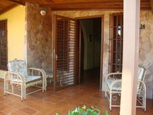Casa En Ventaen Cabudare, Valle Hondo, Venezuela, VE RAH: 21-11595