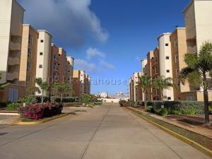 Apartamento En Ventaen Margarita, Sabanamar, Venezuela, VE RAH: 21-11889