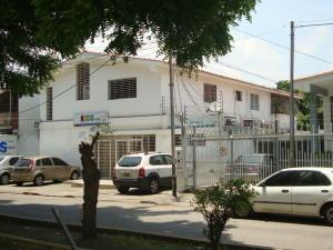 Local Comercial En Ventaen Barquisimeto, Del Este, Venezuela, VE RAH: 21-11613