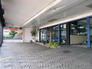 Local Comercial En Ventaen Caracas, Mariperez, Venezuela, VE RAH: 21-11621