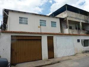 Casa En Ventaen Maracay, La Candelaria, Venezuela, VE RAH: 21-11634