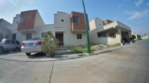 Casa En Ventaen Barquisimeto, Ciudad Roca, Venezuela, VE RAH: 21-11635
