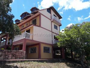 Casa En Ventaen Cabudare, Parroquia Agua Viva, Venezuela, VE RAH: 21-11689