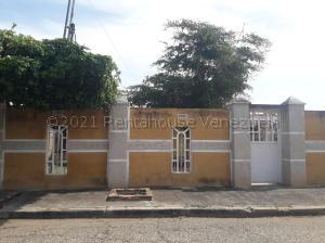 Casa En Ventaen Cabimas, Ambrosio, Venezuela, VE RAH: 21-11717