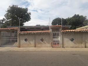 Casa En Ventaen Maracaibo, Pomona, Venezuela, VE RAH: 21-11729