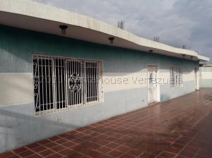 Casa En Ventaen Maracaibo, Club Hipico, Venezuela, VE RAH: 21-11730