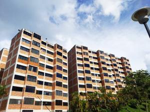Apartamento En Ventaen San Antonio De Los Altos, Parque El Retiro, Venezuela, VE RAH: 21-11734