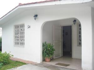 Casa En Ventaen Maracay, Los Samanes, Venezuela, VE RAH: 21-11756