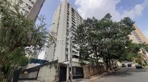 Apartamento En Ventaen Valencia, El Bosque, Venezuela, VE RAH: 21-11788