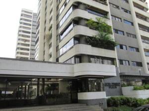 Apartamento En Ventaen Caracas, Lomas De Prados Del Este, Venezuela, VE RAH: 21-11789