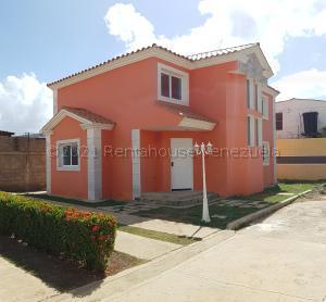 Casa En Ventaen Coro, Centro, Venezuela, VE RAH: 21-11103