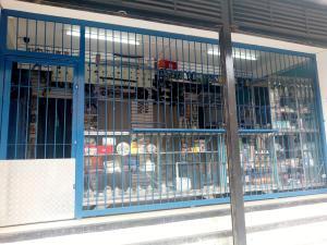 Local Comercial En Ventaen La Victoria, Centro, Venezuela, VE RAH: 21-11817