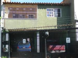 Casa En Ventaen Barquisimeto, Los Cardones, Venezuela, VE RAH: 21-11821