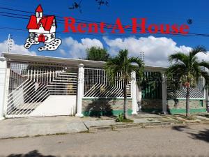 Casa En Ventaen Guacara, Ciudad Alianza, Venezuela, VE RAH: 21-9507