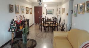 Apartamento En Ventaen Caracas, Centro, Venezuela, VE RAH: 21-11911