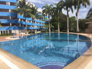 Apartamento En Ventaen Rio Chico, Los Canales De Rio Chico, Venezuela, VE RAH: 21-11856